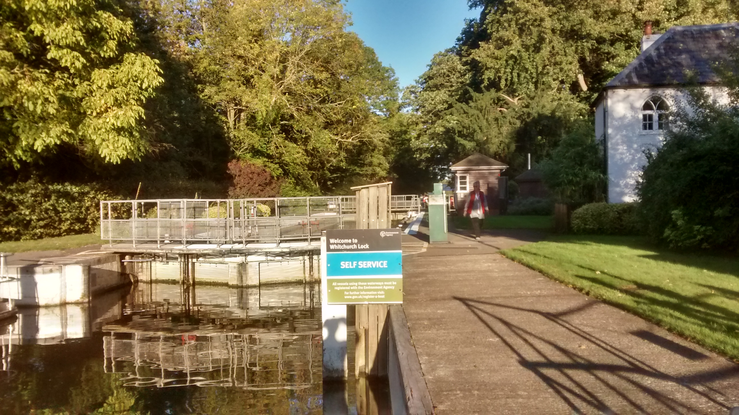 Whitchurch Lock on self service.